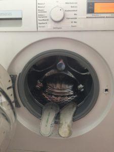 Veiligheidszolen vies van gebruik kunnen in de wasmachine