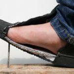 De veiligheidszool beschermt de voet, foto 2 van 8.